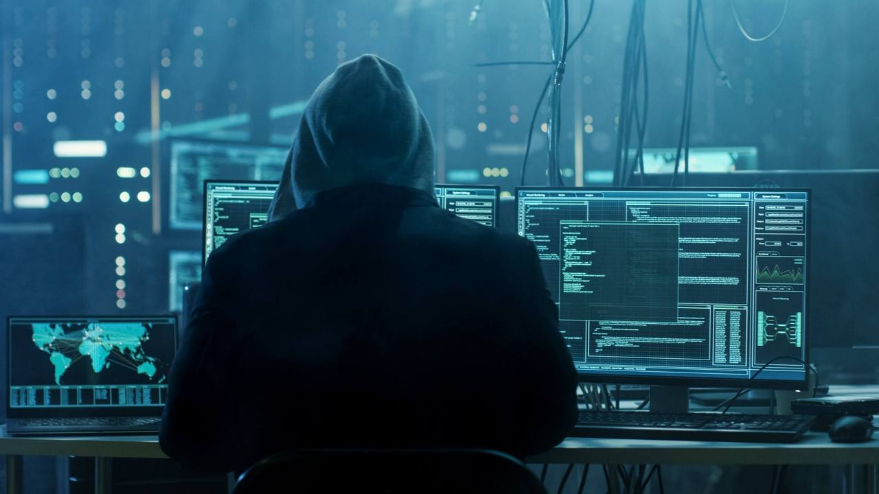 hacker (web source)