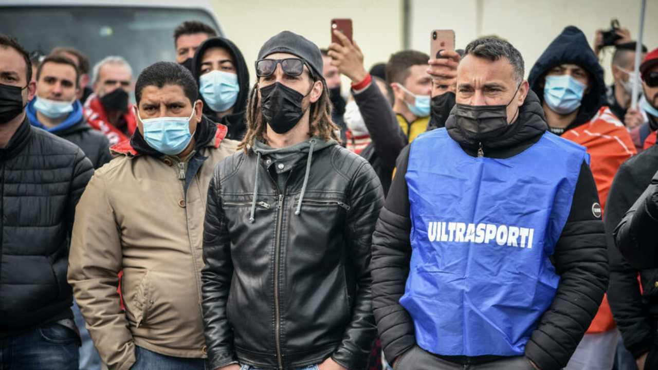 protesta amazon (web source)