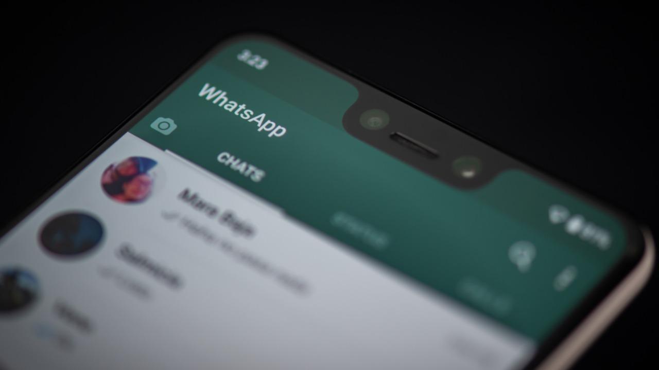 whats app (web source)